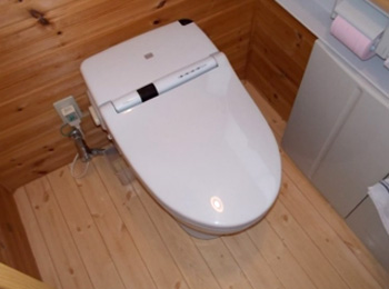 一体形トイレ取替工事(1)